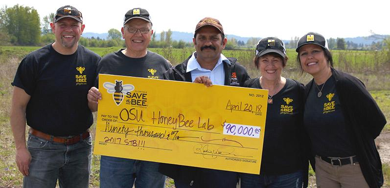 SAVE the BEE initiative donates $90k to Oregon State University at GloryBee's 44th Annual Bee Weekend